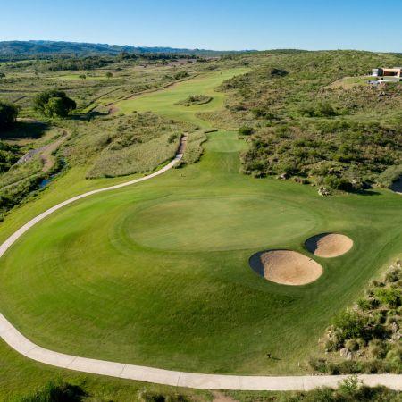 pueblo estancia la paz golf viajes